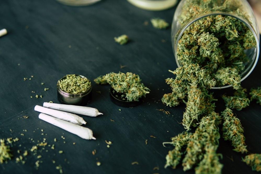 Конопля марихуана гашиш анаша с шишки как конопли срезать