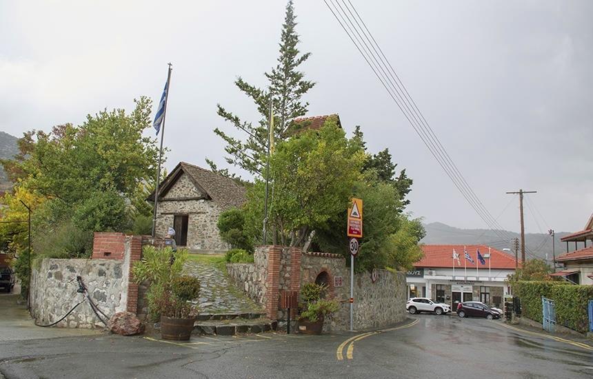 Часовня Святого Креста - самый старинный храм в кипрской деревушке Киперунда (Фото): фото 4