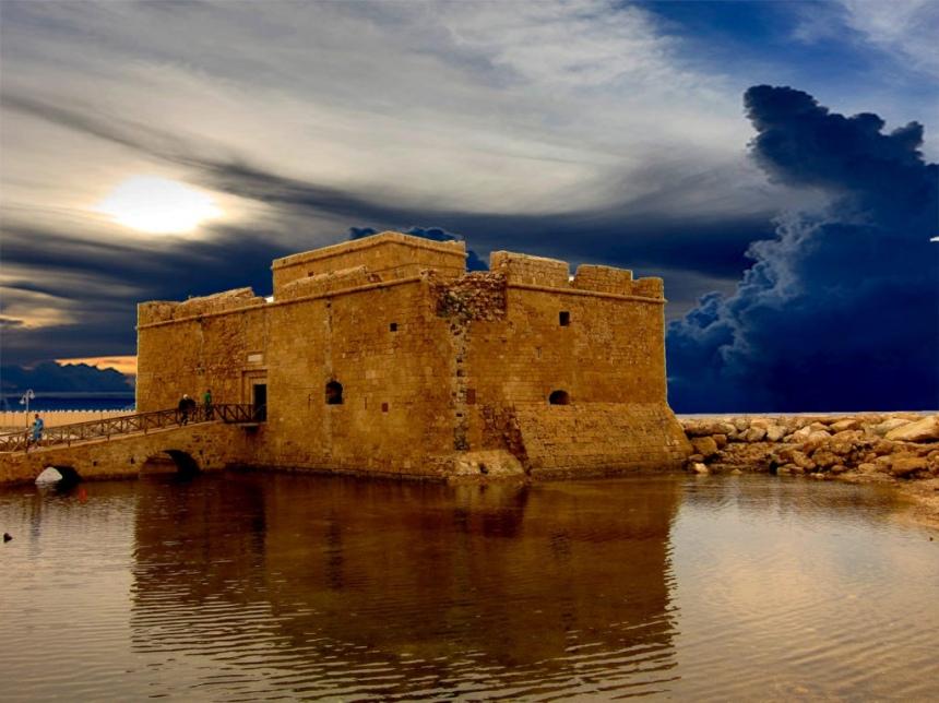 Пафосский замок, Кипр