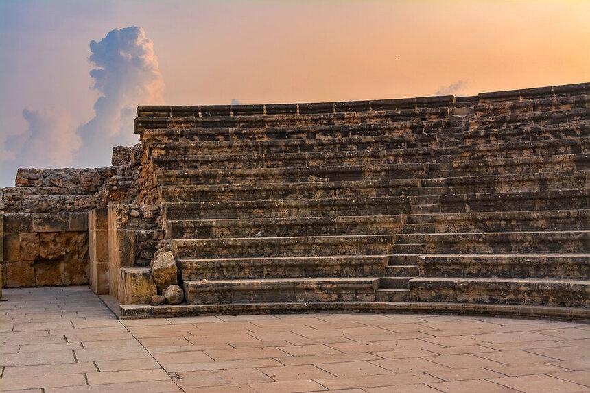Древний Одеон - действующий античный театр на Кипре: фото 6