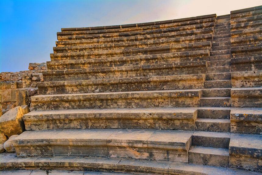 Древний Одеон - действующий античный театр на Кипре: фото 12